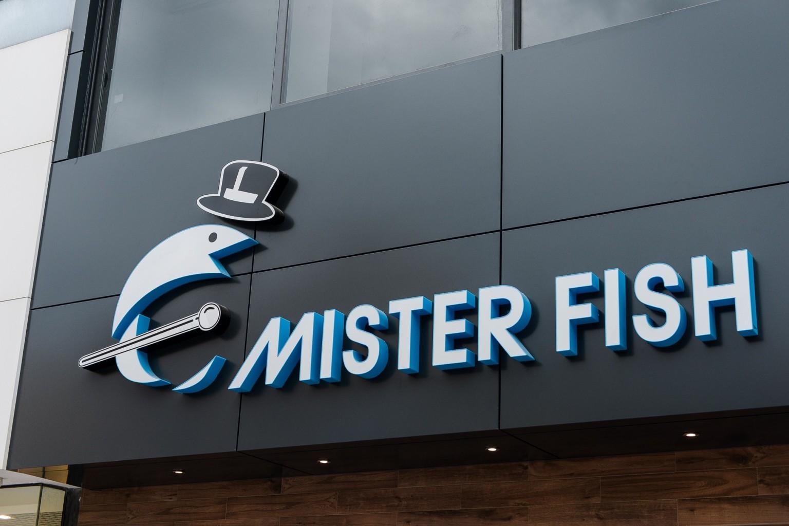 MR FISH 000