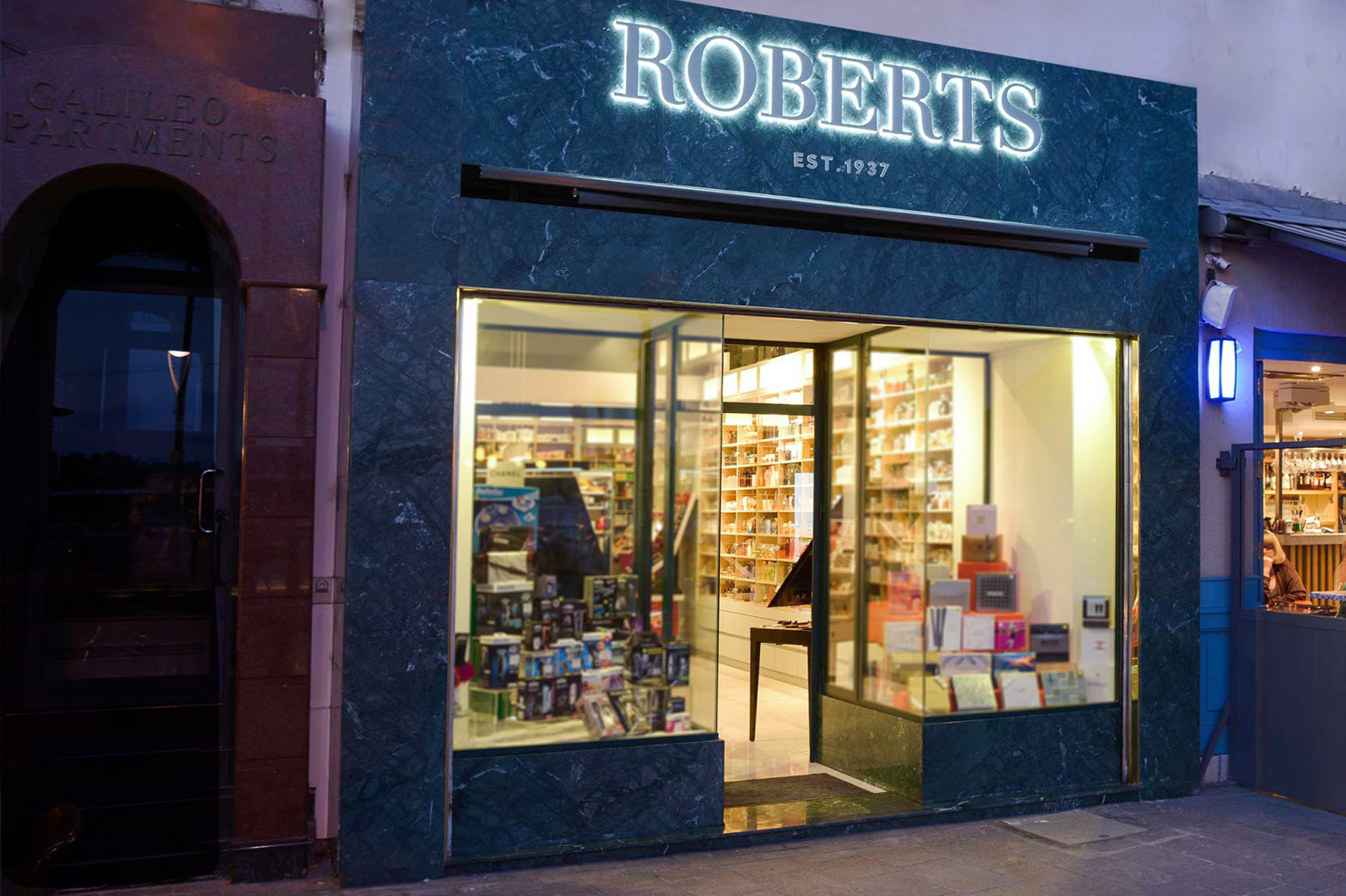 ROBERTS 01